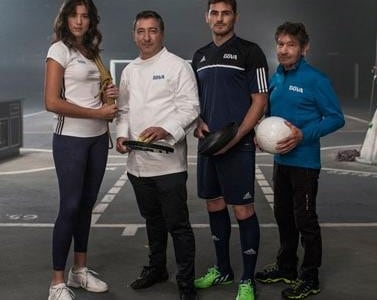 Foto de Iker Casillas, Joan Roca, Carlos Soria y Garbiñe Muguruza